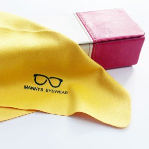 pink-pouch-yellow-wipes